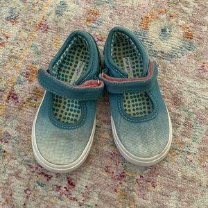 Morgan & Milo little girl sz 8 Mary Jane sneakers
